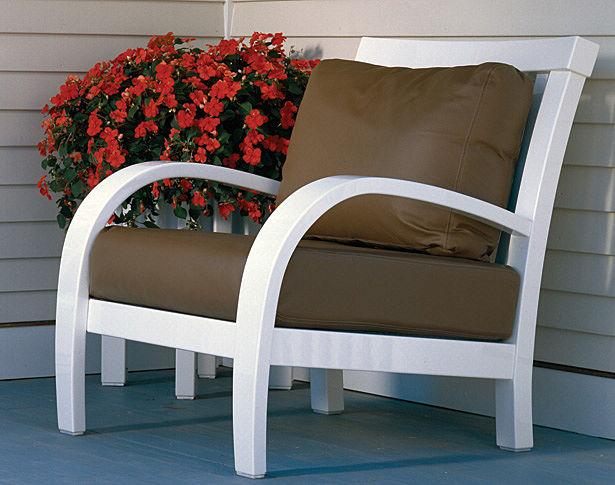 Campobello Casual Chair & Ottoman