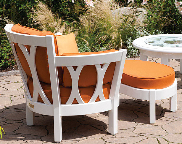 Westport Casual Chair & Ottoman